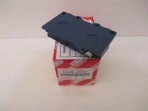 LEXUS OEM FACTORY FRONT BRAKE PAD SHIM KIT 1998-2002 LX470