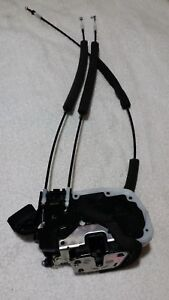 2011 to 2017 Nissan Juke RIGHT FRONT Door Lock Actuator with cables $10 back