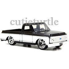 Jada Just Trucks 1972 Chevy Cheyenne Pickup Truck 1:32 Diecast 2Tone White Black