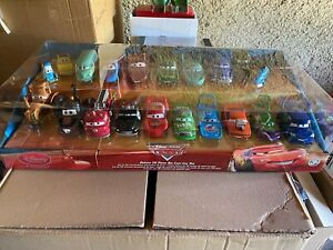 Disney Pixar Cars disneystore DELUXE 20 PIECES CAR SET Collectors Set rare