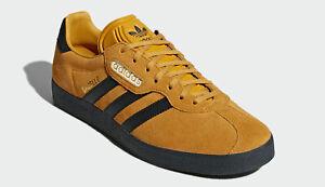 Unisex adidas originals gazelle super trainers cq2795