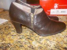 NWB Aerosoles Memory Foam Comfort adorable brown side zip heels! Size 7