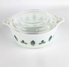 Pyrex Casserole Bowl With Lid Blue Green Leaves 1 1/2 Pint # 472 Leaf
