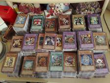 Yu-Gi-Oh! Lot de 100 Cartes Communes Françaises + 5 Cartes Rares/Foils Offertes