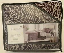 Duvet Cover Set Bedding - Threshold - Paisley Ogee - Purple Pattern, King - New