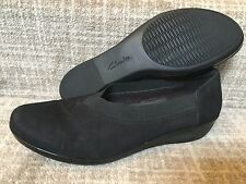 women Clarks Soft Cushion Black Nubuck Slip-on Comfort Shoes sz 11M