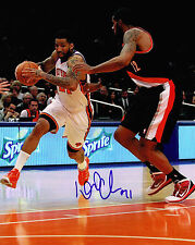 WILSON CHANDLER signed NEW YORK KNICKS 8X10 PHOTO COA