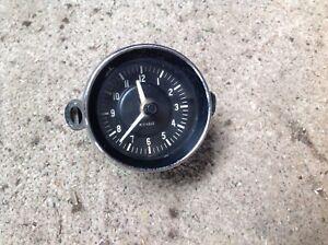 Jaguar E Type clock