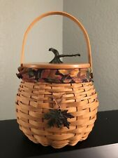 2001 Longaberger Pumpkin Patch Basket with Fall Leaves Tie-On