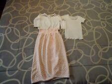 Faldón bebé+ 2 camisetas. Recién nacido. Usado. Mira mis otros artículos.