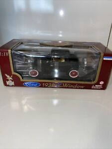 Road Legends 1932 Ford 3 Window - Black - 1:18 Scale Diecast