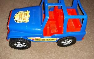 Vintage Amloid Toy Plastic 4x4 1970's Jeep Police Patrol Jeep Nice Condition