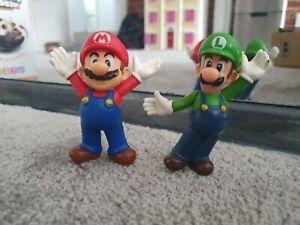 SUPER MARIO and LUIGI figurines figures toys