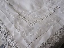 BEAUTIFUL ANTIQUE IRISH LINEN EMBROIDERED & HAND CROCHET LACE BUTLERS TRAY CLOTH