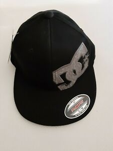 Men's DC Flexfit Fitted Hat Camo Letters Cap S/M, Brand New W-Tags Skateboarding