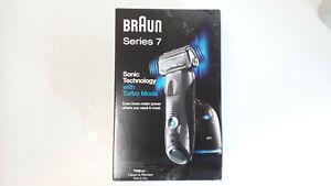 Braun series 7, 799cc-7 Clean&Renew, Wet&Dry mit Reinigungsstation und Reiseetui