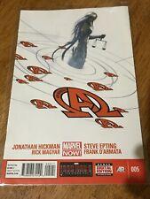 NEW AVENGERS COMIC BOOK 005 Marvel New!