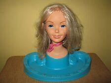 Mod Retro Vintage Barbie Beauty Center 1971 Hair Styling Doll Head Blonde blue