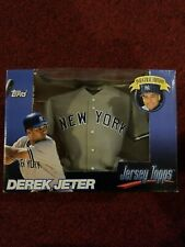1999 Topps Inaugural Edition Jersey Topps Derek Jeter New York Yankees Brand New