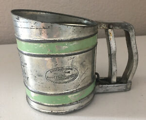 Vintage Good Housekeeping Savory Junior Sift-Chine Flour Sifter Green Band