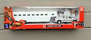 NEW RAY 1/32 DODGE RAM 3500 PICK UP TRUCK W/ HORSE TRAILER ITEM # SS 10823A F/S