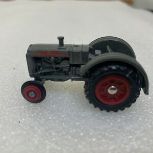vintage Ertl Rubber wheel case model L tractor 1/64 scale National Toy Show