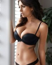 Holly Peers Color 8x10 Photo  512-1 SEXY BRITISH MODEL HUGE BREAST