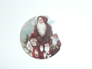 "Santas &  Santa Claus MOP Button on Mother of Pearl Shank Button 1-3/8"""