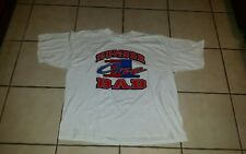 "T-SHIRT;XXL;LOGO:"" NUMBER 1 DAD""; red and blue colors on a white t-shirt; sharp"