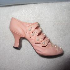 Just The Right Shoe Promenade Thailand Edition Retired Collectible 25018