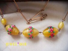 ART DECO Magical URANIUM YELLOW SATIN LAMP WORK ROSES GLASS VINTAGE NECKLACE