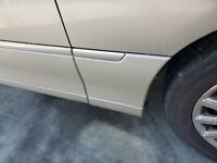 1998 04 05 06 07 08 09 10 2011 LINCOLN TOWN CAR RIGHT FENDER LOWER MOLDING GOLD