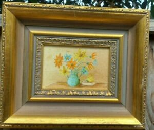 Vintage framed floral still life oil painting on board signed by G.P. PAVEY 1981