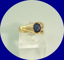 Charming 18k Yellow Gold Sapphire Ring--Size 5.25
