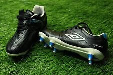 UMBRO SPECIALI 3 CUP SG junior FOOTBALL BOOTS SHOES ORIGINAL SIZE YOUNG 3,5