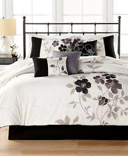 New Hallmart Collectibles Shiloh Black & White 7-Piece Queen Comforter Set