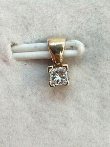 9ct Yellow Gold Diamond Solitaire Pendant - Princess Cut Diamond