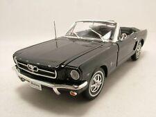 Ford Mustang Cabrio 1964, 5 Nero, modello auto 1:18 / WELLY