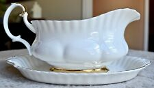 Royal Albert Val D'Or - Bone China - England - Gravy Boat with Under Plate