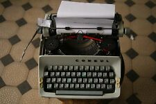 Consul Gray Vintage Typewriter