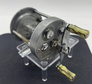 VINTAGE PFLUEGER SUPREME FISHING REEL MADE IN USA PREOWNED CONDITION #2 Of 2