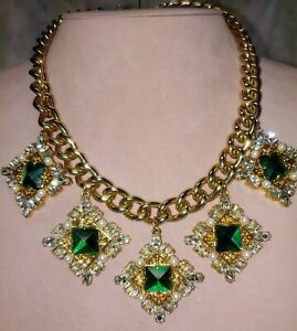 """Vintage Emerald Green Jeweled Chunky Charm Necklace 18.5""""-21.5"""""""