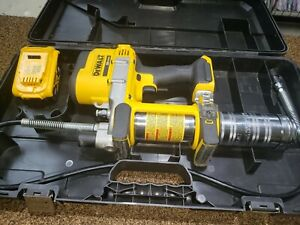 DEWALT DCGG571M1 20V MAX Li-Ion Grease Gun Kit  Battery & Charger Included!