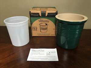 PAMPERED CHEF NEW TRADITIONS HUNTER GREEN STONEWARE STONE OVEN BREAD CROCK 1308