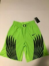 Mens L NIKE OREGON DUCKS ELECTRIC GREEN BASKETBALL SHORTS Wings NWT 2017