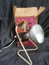 Lampe applique design Charlotte Perriand edition Philips ultraviolet vers 1960