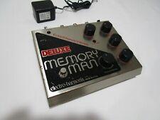 Electro-Harmonix Deluxe Memory Chorus Vibrato Con Pedal Delay Man PS --- > Cool!