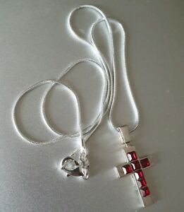 Vintage Style Silver Plated Cross Red Crystals Pendant chain 45cm Necklace Lock