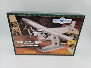 ERTL COLLECTIBLES - 1:72 SCALE - UNITED AIRLINES FORD TRI-MOTOR DIECAST REPLICA