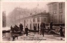 CPA PARIS INONDATION 1910. 536 Un Sauvetage Rue de Bellechasse (562041)